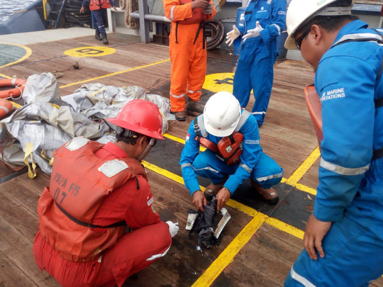 Rơi máy bay chở 189 người ở Indonesia - Ảnh 1.