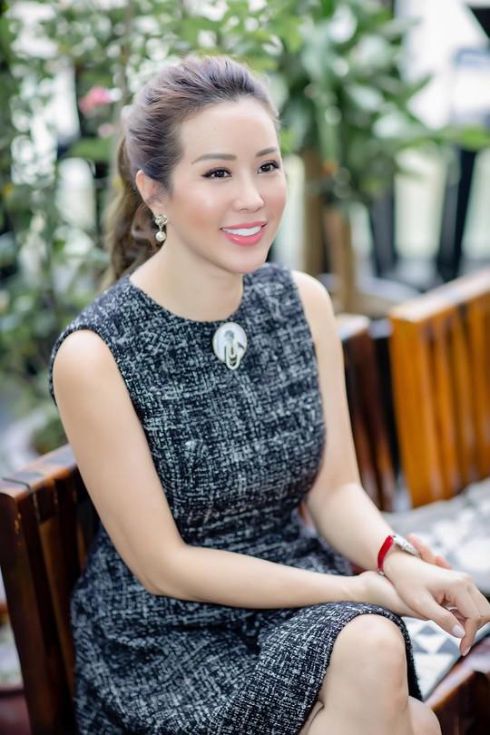 Hoa hậu Thu Hoài kể chuyện chồng cũ người Đài Loan bạo hành suốt 5 năm - Ảnh 1.
