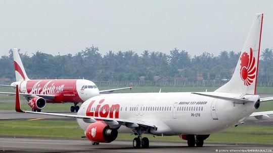 Rơi máy bay chở 189 người ở Indonesia - Ảnh 6.