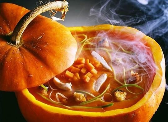Món ăn không thể thiếu trong ngày Halloween - Ảnh 1.