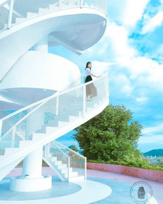 Ba nấc thang lên thiên đường cho giới trẻ sống ảo ở Việt Nam - Ảnh 6.