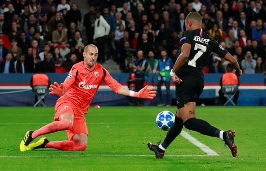 PSG hồi sinh nhờ Neymar, Liverpool gục ngã trên đất Ý - Ảnh 3.