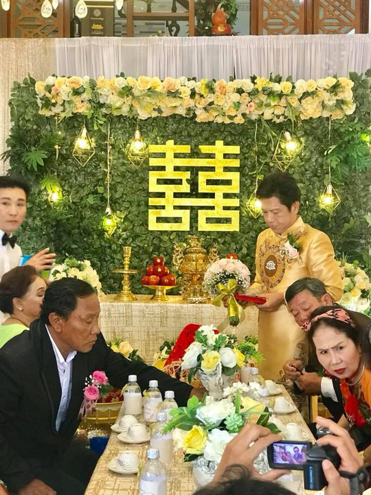 Nghệ sĩ Trọng Nghĩa cưới vợ ở tuổi 52 - Ảnh 4.