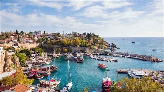 10 điểm du lịch nổi tiếng thế giới vào mùa Thu - Ảnh 4.