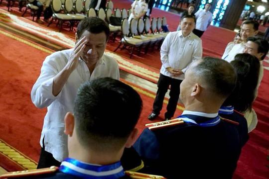 Ông Duterte bất ngờ đề cập đến bệnh ung thư - Ảnh 2.