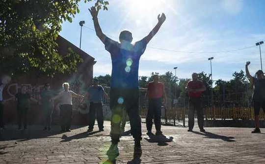Tây Ban Nha: Cả thị trấn hùng hục… giảm béo! - Ảnh 1.