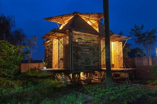 Ngôi nhà tre Việt 50 triệu giành giải thưởng thiết kế của Đức - Ảnh 1.
