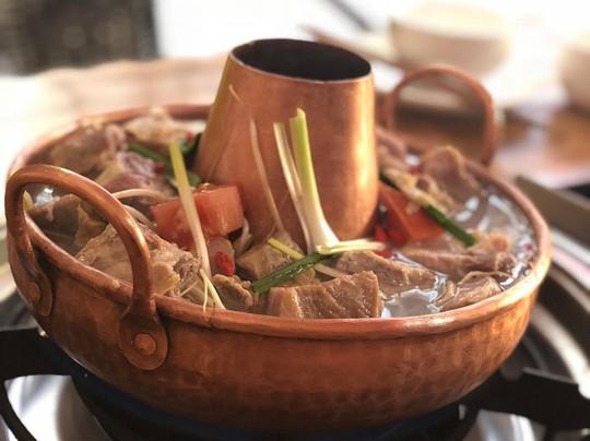 Điểm danh những món dễ ăn, thu hút du khách ở Lệ Giang - Ảnh 3.