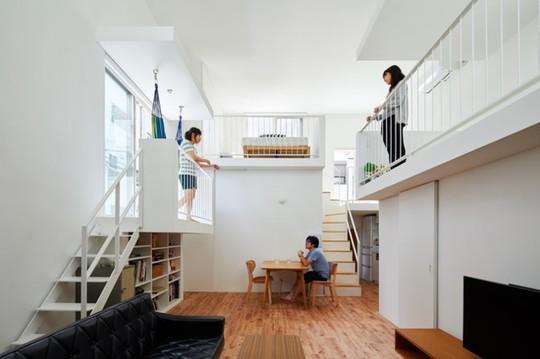 Ngôi nhà Nhật có 7 ban công quay ngược vào trong - Ảnh 5.
