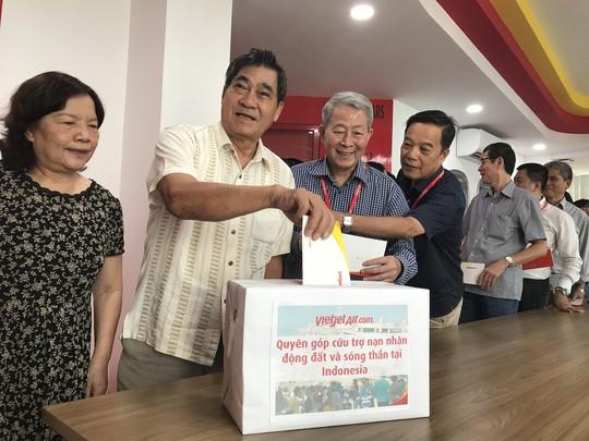 Vietjet khẩn trương hoạt động cứu trợ nạn nhân động đất - sóng thần Indonesia - Ảnh 3.