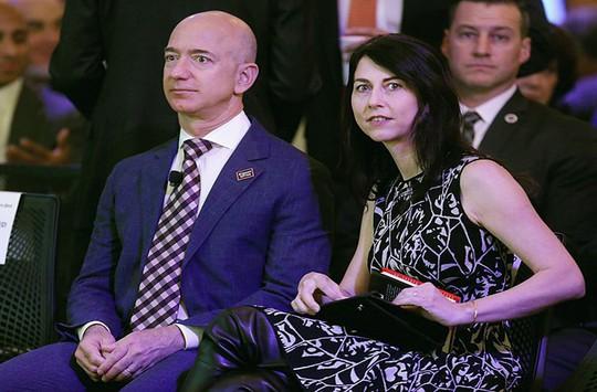 Bí quyết hạnh phúc của cặp vợ chồng giàu nhất thế giới - Ảnh 11.