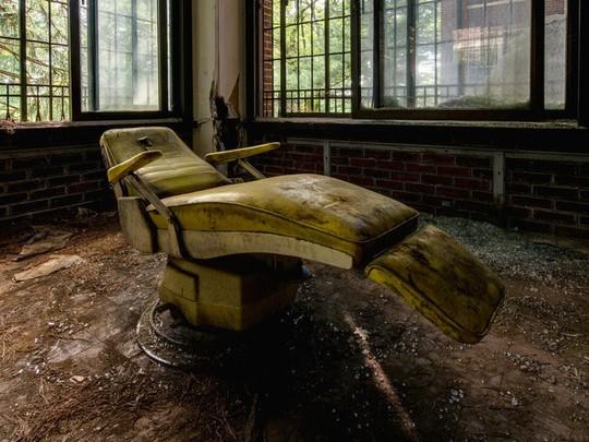Công viên, khu nghỉ dưỡng bỏ hoang đáng sợ ở Mỹ - Ảnh 2.