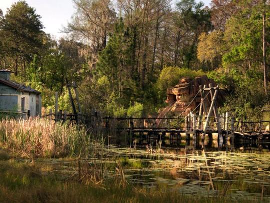 Công viên, khu nghỉ dưỡng bỏ hoang đáng sợ ở Mỹ - Ảnh 8.