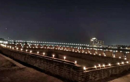 Tang lễ nhà văn Kim Dung được tổ chức riêng tư theo di chúc - Ảnh 8.