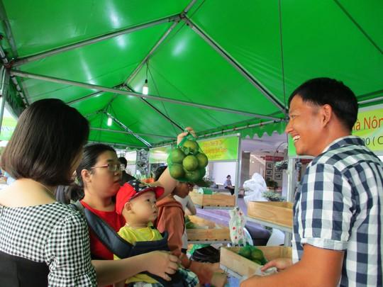 Chợ phiên nông sản nở rộ ở TP HCM - ảnh 1