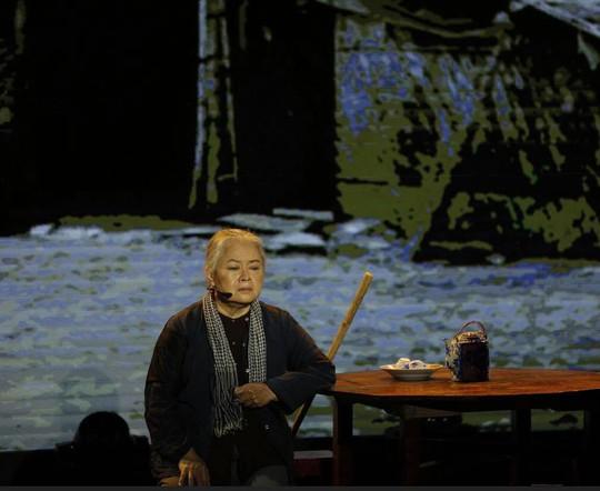 NSƯT Thanh Nguyệt khóc nhiều vì nhớ nghề - Ảnh 2.