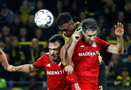 Tiệc bàn thắng siêu kinh điển Bundesliga, Dortmund quật ngã Bayern Munich - ảnh 2