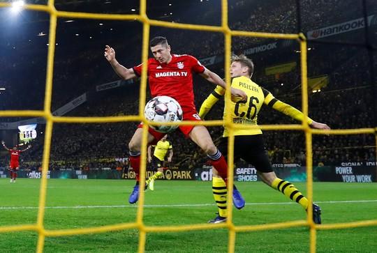 Tiệc bàn thắng siêu kinh điển Bundesliga, Dortmund quật ngã Bayern Munich - ảnh 3