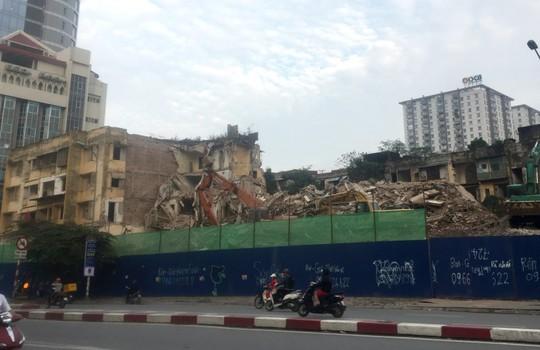 Vì sao dự án cải tạo chung cư cũ trên đất vàng ở Hà Nội chậm tiến độ? - Ảnh 1.