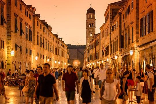 9 con phố nổi tiếng thế giới ai đến cũng muốn check-in - Ảnh 7.