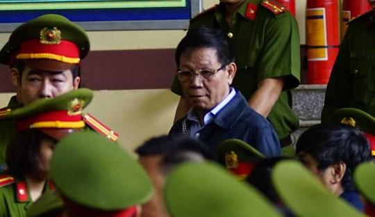Ông Phan Văn Vĩnh đề nghị không đăng bản án lên cổng thông tin - Ảnh 4.