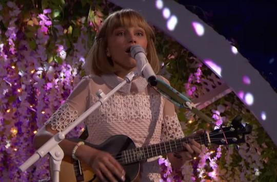 Cô bé hát trên YouTube vào tốp 30 người trẻ nổi tiếng của Forbes - Ảnh 1.