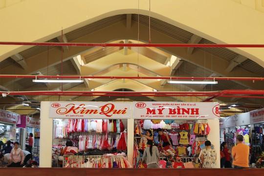 Ngôi chợ gần 100 tuổi ở TP HCM chính thức mở cửa trở lại - Ảnh 11.