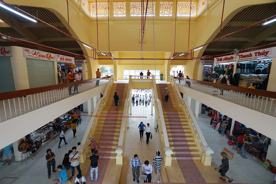 Ngôi chợ gần 100 tuổi ở TP HCM chính thức mở cửa trở lại - Ảnh 4.