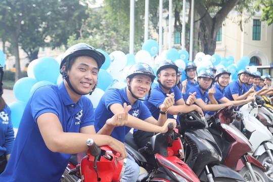 FastGo ra nước ngoài, Mai Linh lập HTX taxi công nghệ - Ảnh 1.