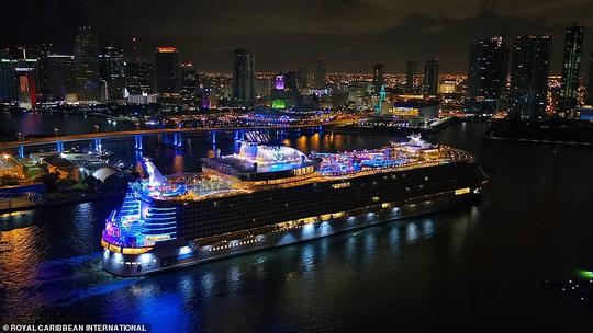 """Du thuyền lớn nhất thế giới """"chào sân"""" tại Mỹ - Ảnh 3."""