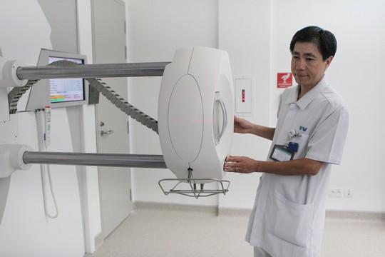 Cận cảnh trung tâm điều trị ung thư mới mở tại TP HCM - Ảnh 3.