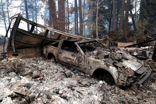 Cháy rừng California: Hơn 600 người mất tích, tăng gấp đôi chỉ sau 1 đêm - Ảnh 4.