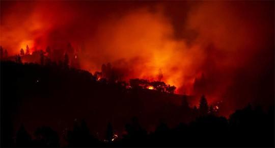 Cháy rừng California: Hơn 600 người mất tích, tăng gấp đôi chỉ sau 1 đêm - Ảnh 9.