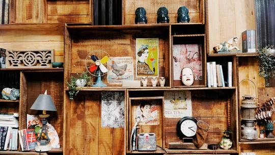 Quán cà phê đưa cả khu vườn vào trong nhà ở Đà Lạt - Ảnh 2.