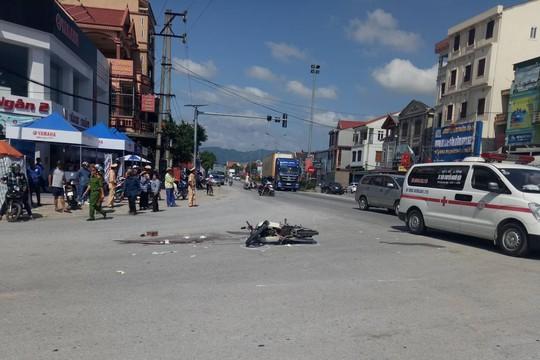 Cán chết người, xe đầu kéo chạy khỏi hiện trường - Ảnh 1.