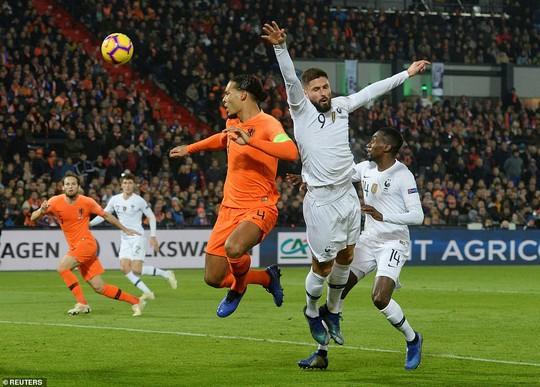 Hà Lan quật ngã nhà vô địch World Cup, xe tăng Đức rớt hạng Nations League - Ảnh 2.