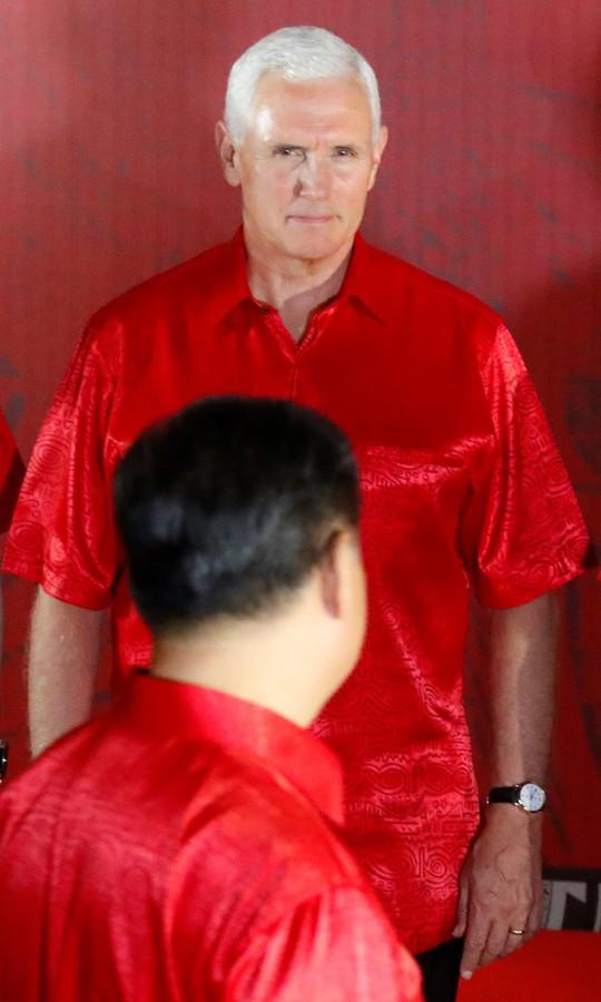 Hội nghị APEC: Cảnh sát chủ nhà dọa đuổi 4 quan chức Trung Quốc về nước - Ảnh 2.