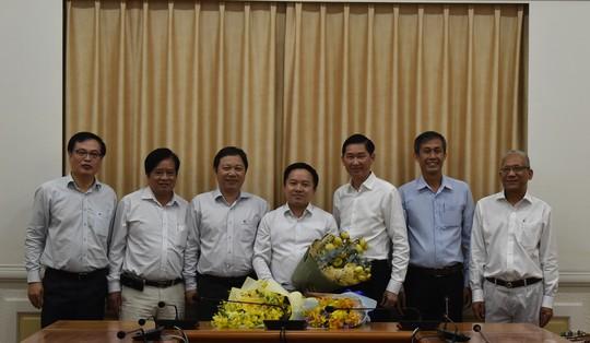 TP HCM: Tiếp nhận và bổ nhiệm 1 phó giám đốc sở - Ảnh 2.