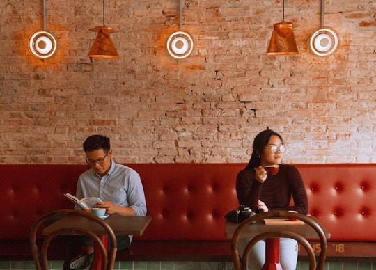6 quán cà phê nhất định phải ghé nếu đến TP HCM - Ảnh 6.