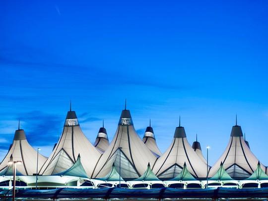 Những sân bay được đánh giá đẹp nhất thế giới - Ảnh 20.