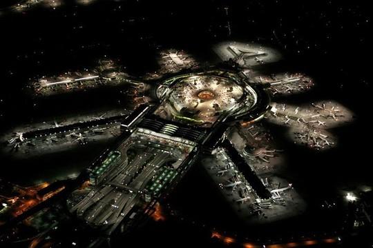Những sân bay được đánh giá đẹp nhất thế giới - Ảnh 27.