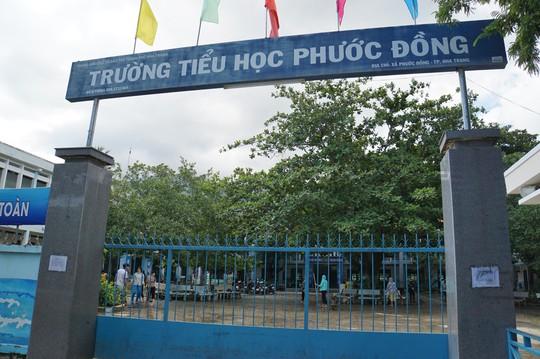 Nha Trang: Thầy cô đón 20-11 trong bùn, người chết vẫn tăng - Ảnh 4.