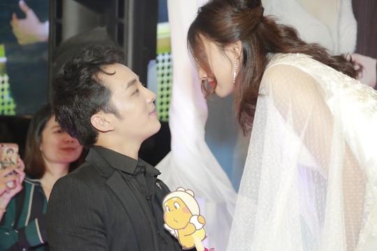Rộn rã tiếng cười trong đám cưới tập thể Hậu duệ mặt trời Việt - Ảnh 14.