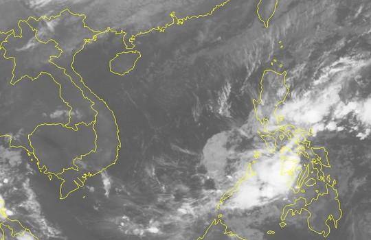 Áp thấp nhiệt đới mạnh thành bão giật cấp 12, tăng tốc vào Nam Trung bộ - Ảnh 2.