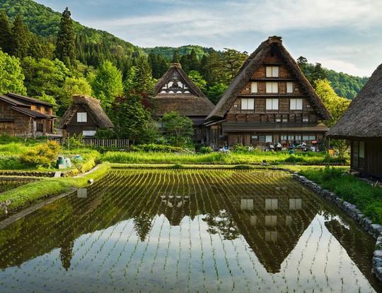Những ngôi nhà đẹp tựa tranh vẽ ở nông thôn Nhật Bản - Ảnh 1.