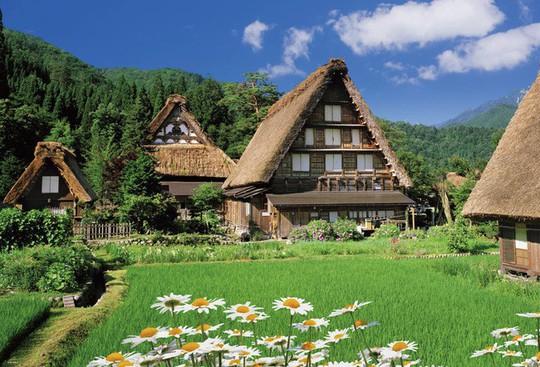 Những ngôi nhà đẹp tựa tranh vẽ ở nông thôn Nhật Bản - Ảnh 2.