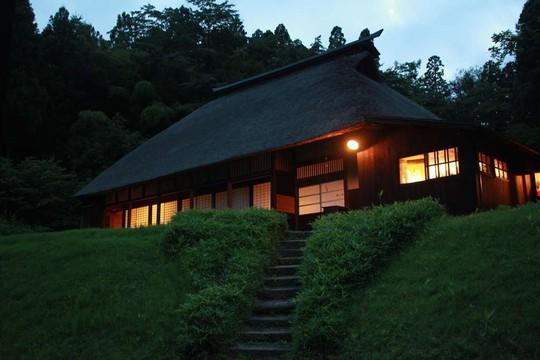 Những ngôi nhà đẹp tựa tranh vẽ ở nông thôn Nhật Bản - Ảnh 16.