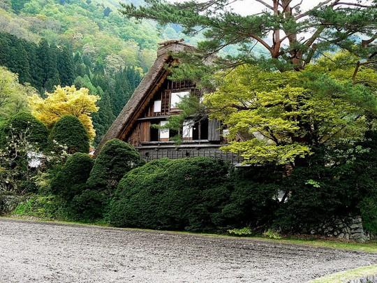 Những ngôi nhà đẹp tựa tranh vẽ ở nông thôn Nhật Bản - Ảnh 25.