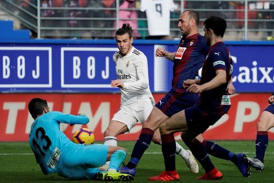 Giữa tâm bão doping, Real Madrid thua thảm ở Eibar - Ảnh 2.