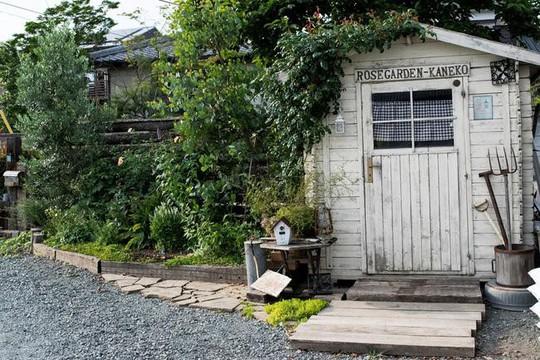 Những ngôi nhà thơ mộng đẹp như cổ tích ở làng quê nước Pháp - Ảnh 2.